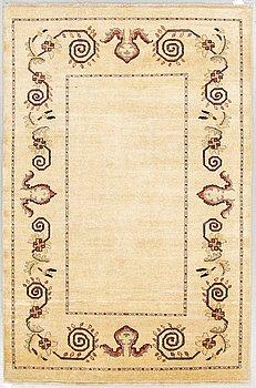 A RUG, an Oriental, ca 208,5 x 139,5 cm.