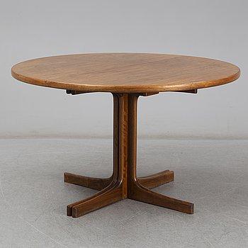 A walnut vereered dining table, mid 20th Century.