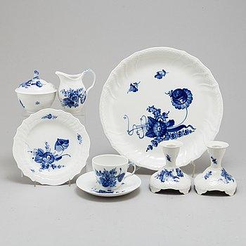 ROYAL COPENHAGEN, a part 'Blå Blomst' coffee porcelain service (30 pieces).