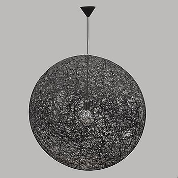 A 'Random Light Medium' light for Moooi. Designed 2001.