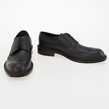 LOUIS VUITTON Baikal Derby Shoes in size 11.