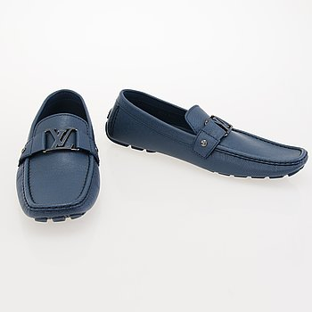 LOUIS VUITTON Taiga Leather Car Shoes in size 11.
