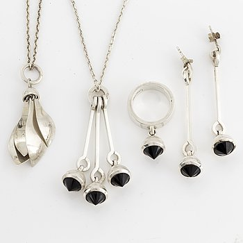 Efva Attling necklace, ring, necklace, earrings sterling silver.