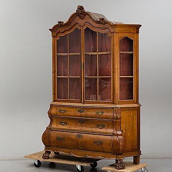 VITRINSKÅP, Louis XV-stil, troligen England / Holland, 1800-talets andra hälft.
