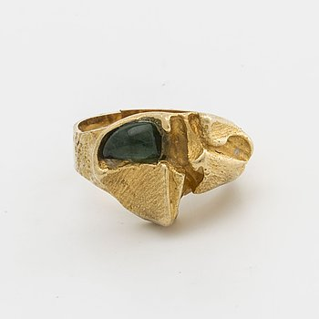 LAPPONIA RING 18k gold, probably cabochon-cut green tourmaline, design Björn Weckström, Finland.