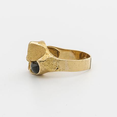 Lapponia ring 18k gold, probably cabochon cut green tourmaline, design björn weckström, finland