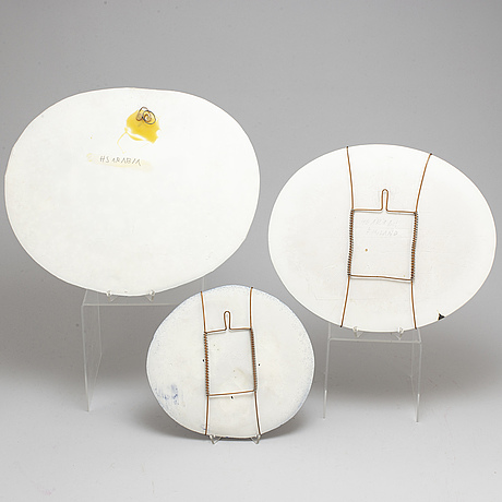 HeljÄ liukko sundstrÖm,  3 ceramic wallplates, signed, arabia