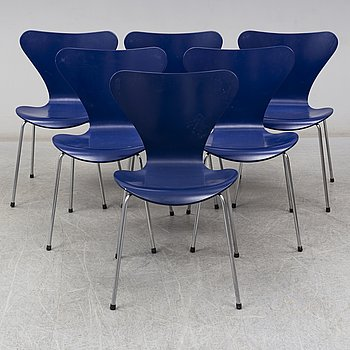 ARNE JACOBSEN, six 'Series 7' chairs from Fritz Hansen, Denmark, 1997.