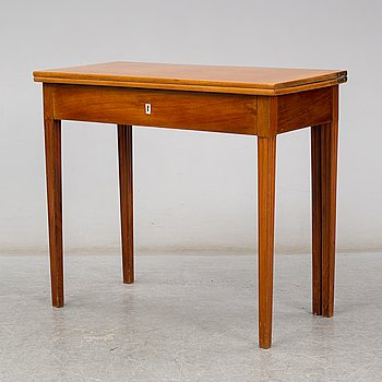 A late Gustavian mahogany veneered table, late 18th century.