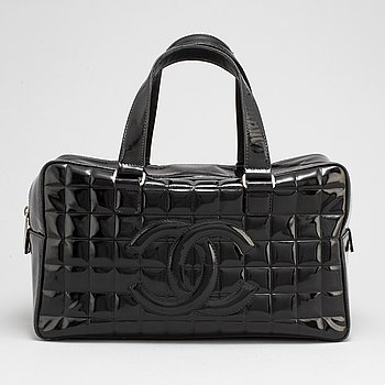 CHANEL, a quilted bag, 2002-2003.