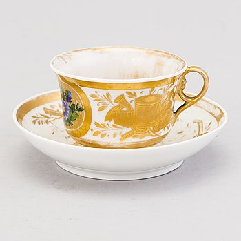 COFFEE CUP, porcelain, Gardner, Russia mid 19th century.