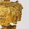 Bordsdekorationer, ett par, förgylld brons, ryssland 1800-tal.