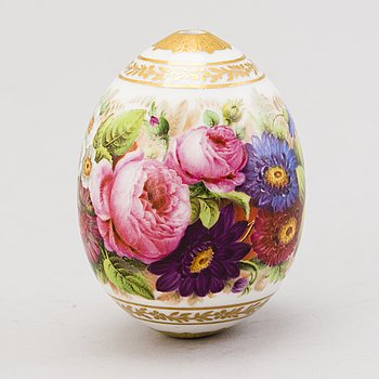 A Russian decorative porcelain egg,  from the time of Nicholas I (1825–1855).