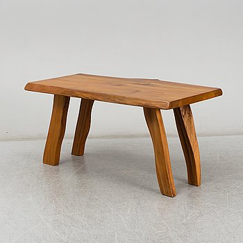 A late 20th Century coffee table marked Kalle Langjö.