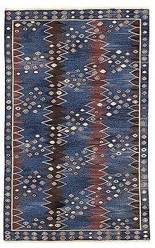 "195. Barbro Nilsson, A CARPET, ""Snäckorna"", tapestry weave, ca 307 x 194 cm, signed AB MMF BN."
