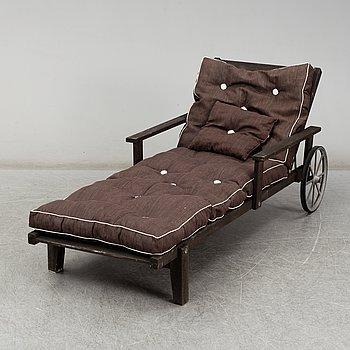 ELSA STACKELBERG, däckstol/vilstol, Fri Form, 1900-talets andra hälft.