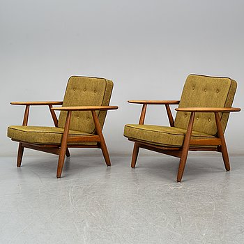 "HANS J. WEGNER, fåtöljer, ett par, ""GE-240""/""Cigarren"", Getama, Danmark. 1950/60-tal."