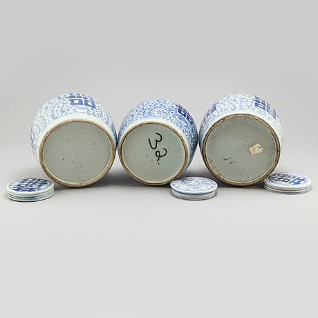 Three blue and white jars with covers, qing dynasty, 19th century