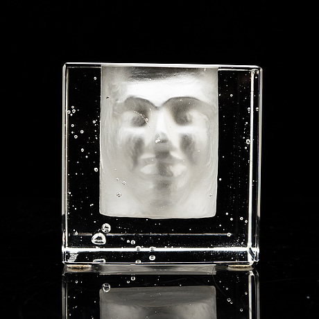 Bertil vallien, a glass sculpture, signed.