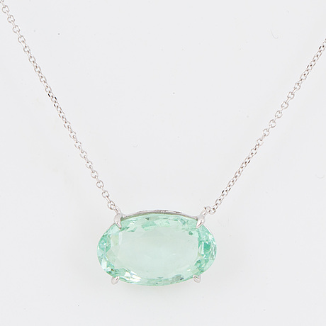 Oval faceted greenblue aquamarine necklace