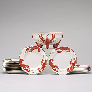 ALF WALLANDER, a part crayfish creamware service, from Rörstrand, first half of the 20th century (19 pieces).