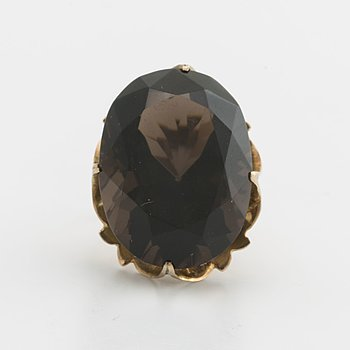 RING 14K gold w smoky quartz approx 23 x 15 mm.
