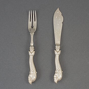 A set of 24 piece silver fish-cutlery, possibly Russia late 19th century.