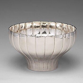 168. Sigvard Bernadotte, a sterling silver bowl, Sigvard Bernadotte Design, Helsingborg, Sweden 1982.