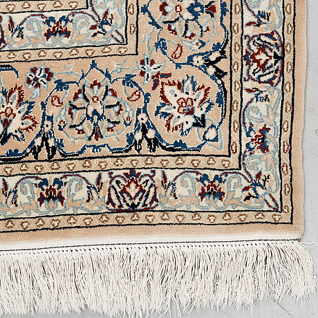 Matta, nain, part silk, ca 270 160 cm.