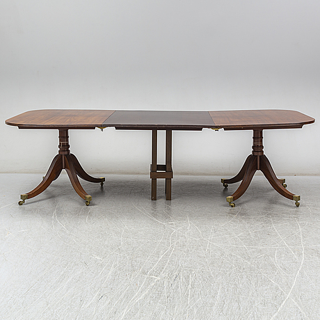 A regency style dinner table, second half of the 20th century