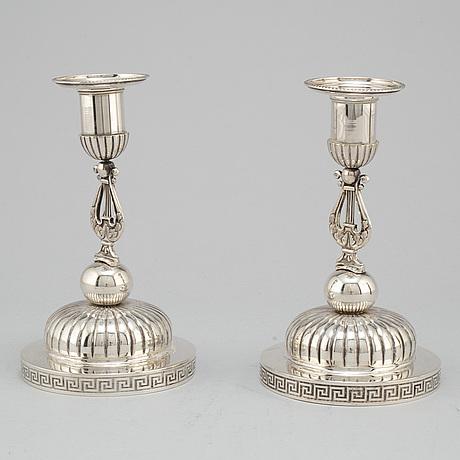 A pair of swedish silver candlesticks, mark of barkander & sÖhrling, linköping 1837.