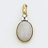Pendant 18k gold w 1 opal approx 12 x 17 mm and 3 brilliant cut diamonds approx 0,20 ct