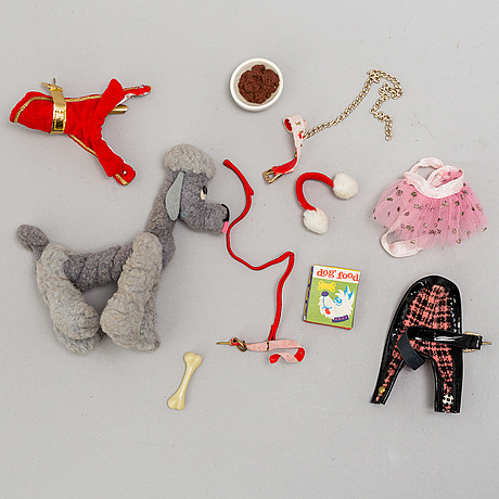 Four 1960's barbiedolls with accessories, mattel.