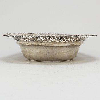 A German S.Wetzlar silver 800   bowl.