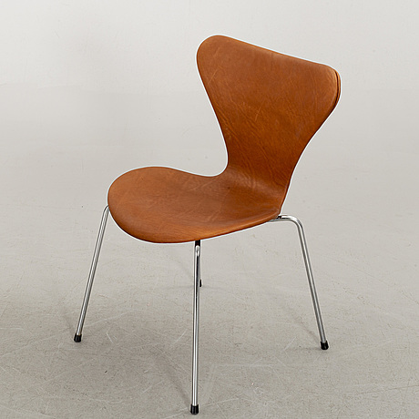 "A set of 6 arne jacobsen ""series 7"" chairs, fritz hansen, denmark"