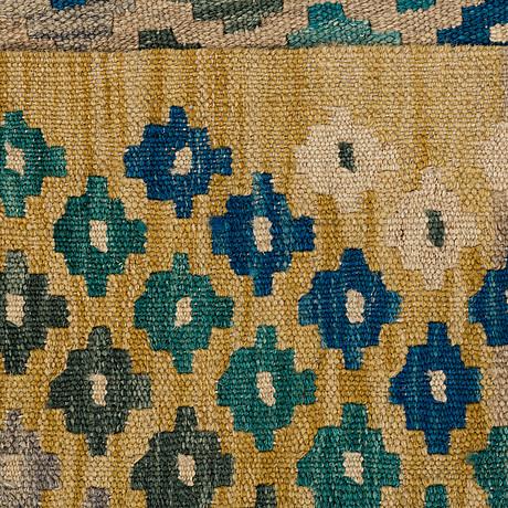 A rug, kilim 196 x 155 cm