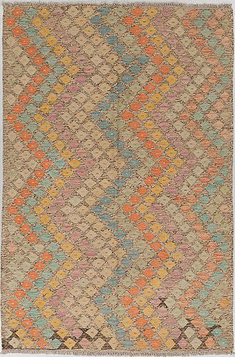 A carpet, kilim, 180 x 120 cm.