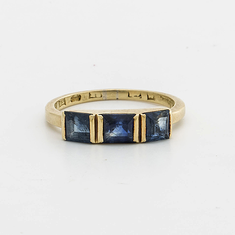 Wiwen nilsson ring 18k gold and sapphires, lund 1949