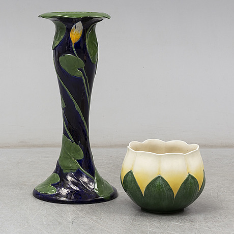 A rörstrand pottery piedestal with pot, jugend