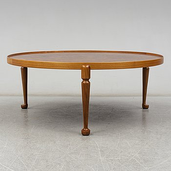 A Josef Frank table, Firma Svenskt Tenn, model no 2139.