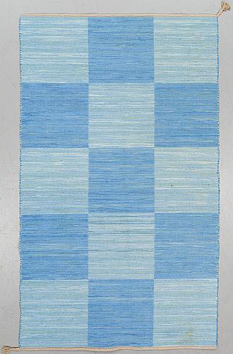 "A carpet. ""schackrutan"", flat weave, ca ca 228 x 132 cm"
