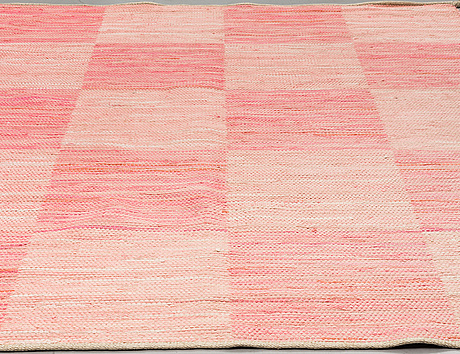 "A carpet. ""schackrutan"", flat weave, ca ca 228 x 175 cm"