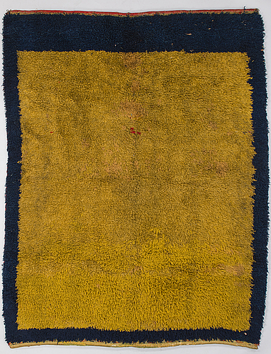 A 19th century finnish long pile rug. 190x147 cm