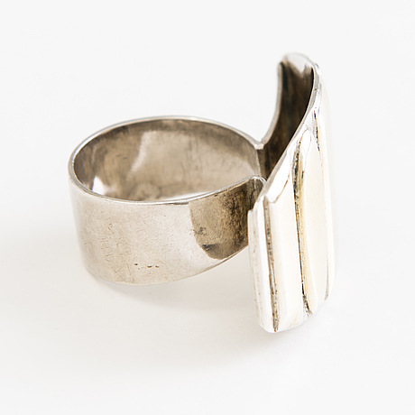 A saara hopea silver and partley gilded prototype ring. not marked.