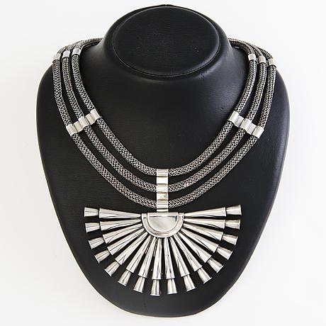 Saara hopea, a unique silver necklace for ossian hopea, porvoo 1977.