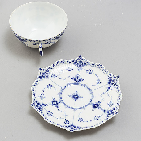A 26 piece porcelain 'blue fluted' full lace tea service, royal copenhagen, denmark