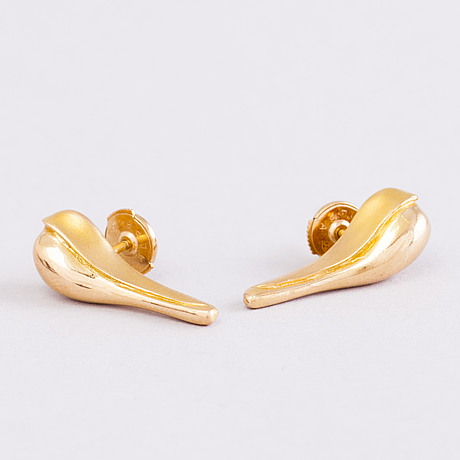 A pair of 18k gold earrings by poul havgaard for lapponia 1990