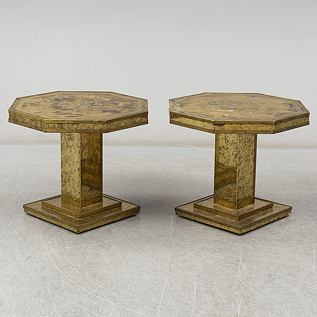 A pair of coffee tables, late 20th century