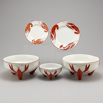 ALF WALLANDER, a part crayfish creamware service, from Rörstrand, first half of the 20th century (38 pieces).