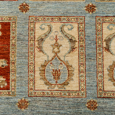 A carpet, ziegler design, ca 239 x 170 cm